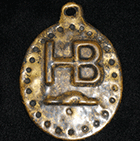 HBC gold plated pendant gifted to First Nation trade leader. Canadian Museum of History mch2_09_2015.png